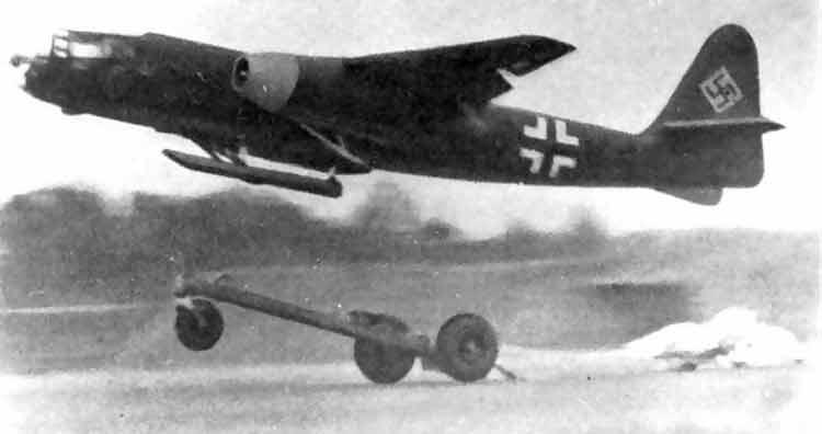 """Скоростной разведчик и бомбардировщик Ar-234 """"Блиц"""""""