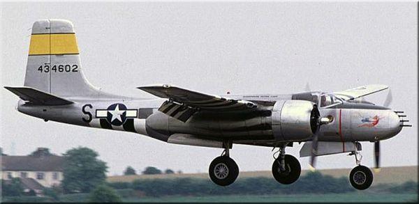 Многоцелевой самолет Дуглас А-26